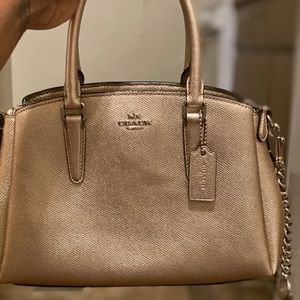 Mini Coach bag in gold✨